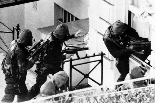 3-Operation-Nimrod-Iranian-Embassy-Siege–1980
